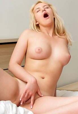 Mary Lin wants to be a biologist, but while she's career-minded during the day this spunky blonde wants to let her hair down in the evenings. Let her show you all her turn ons as she gives you a glimpse of her perky natural breasts, puffy nipples, and always wet bare pussy.
